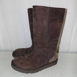 Ugg Tall Classic Brown Boots Size 7